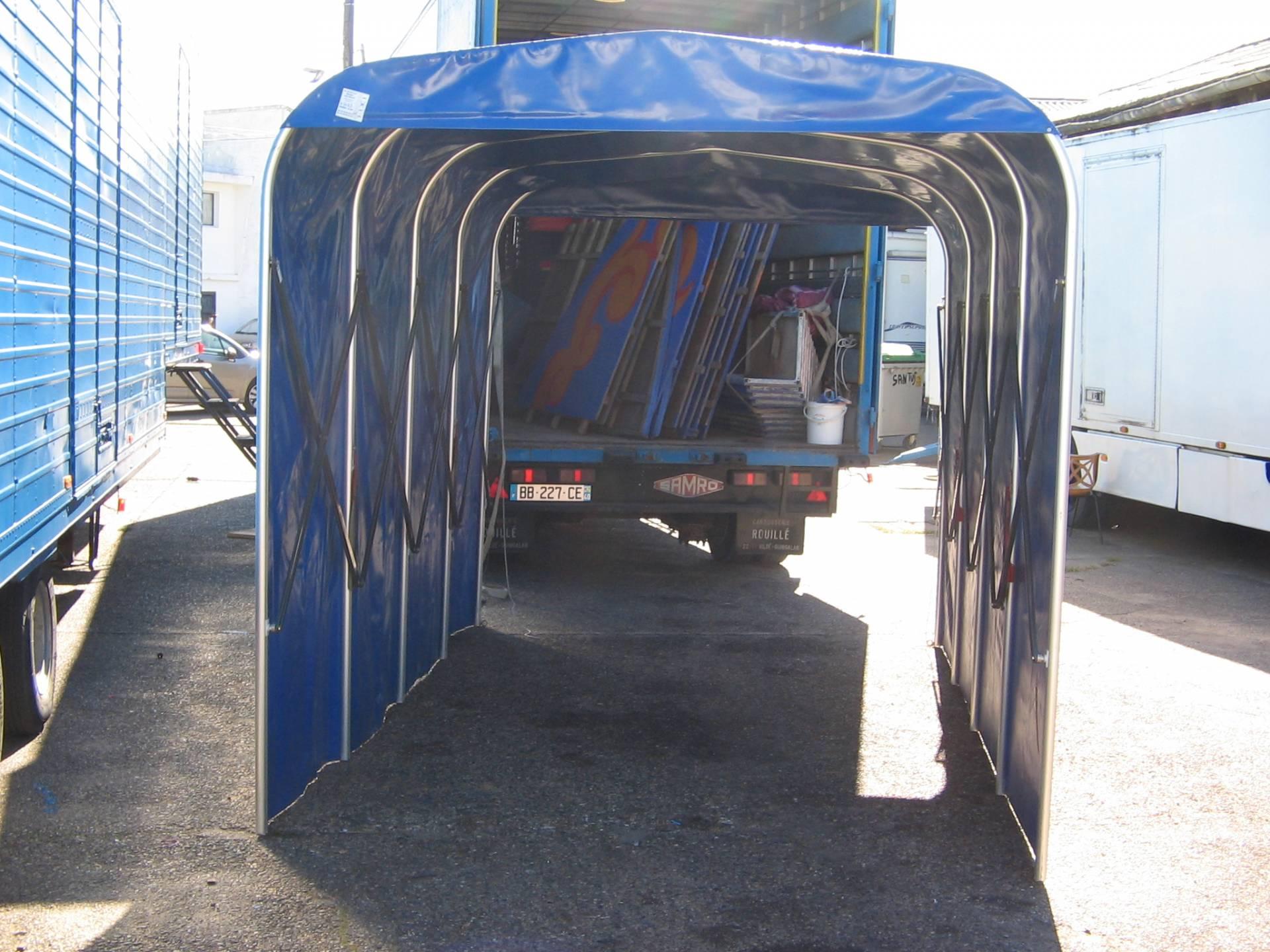 tunnels location de chapiteaux de cirques et mat riel de spectacle sarl nouvelle compagnie. Black Bedroom Furniture Sets. Home Design Ideas
